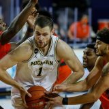 College Basketball Odds: January 22 CBB Lines, Michigan-Purdue Preview